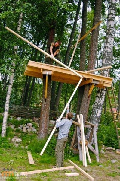 Fantastyczny domek na drzewie - Como construir una casa en un arbol ...