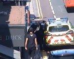 Przechodzie� pomaga policjantkom uj�� przest�pc�