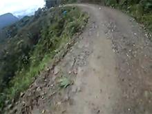 Nieudana pr�ba skoku z urwiska na rowerze