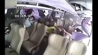 Dlaczego warto zapina� pasy nawet w autobusie