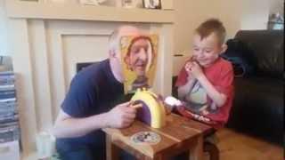 Ojciec gra z synem