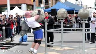 Strongman zasypia na zawodach