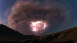 Burza nad wulkanem