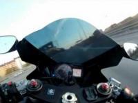 355km/h na autostrardzie motorem