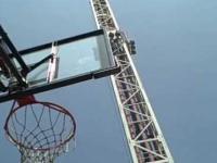 Koszykówka zastrzelony w spadku swobodnym