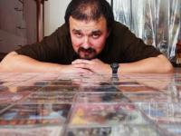 Człowiek, który ma największą kolekcję kaset disco polo