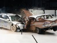 Jak polepszyło się bezpieczeństwo w samochodach w ciągu 50 lat?