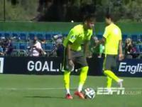 Niesamowity karny strzelony przez Neymara, nieprawdopodobny technik