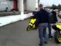 Ufni koledzy motocyklisty