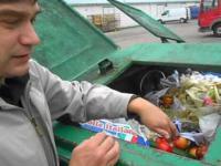 Czy w Tusko-Polsce można wyżywić się w śmietniku?