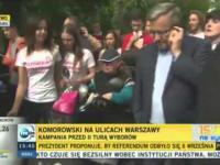 Bronisław Komorowski - Lekceważy niepełnosprawną kobietę (wyciągając telefon 13.05.2015)