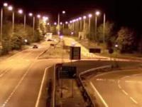 Inponujący nocny drift