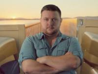 Nick Nicotera w reklamie Volvo