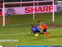 Straszny błąd bramkarza w Pucharze Malezji