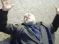 To już ostani film o rewolucji w Egipcie pokazujacy jak ranny może zagrzewać
