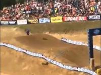 Jak się kończy omdlenie podczas zawodów Motocross Broc Schmelyun 2015