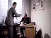 Jak się robiło sondaże za komuny - fragmenty filmu Obywatel Piszczyk (1988)