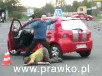 Mortal Kombat na egzaminie na prawo jazdy,