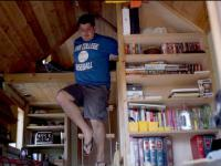 Młody adwokat który wybudował sobie dom na kółkach