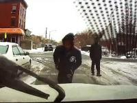 Kradzież samochodu z włączonym wideo-rejestratorem