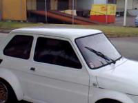 Fiat 126 z silnikiem od yamaha R1