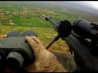 Snajper Marines podczas wymiany ognia z Talibami