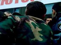 Berkut w Tarnopolu przechodzi na stronę demonstrantów