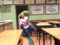 Krwawy żart w szkole (Michal KujawaPL)