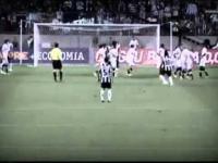 Ronaldinho wciąż magiczny!