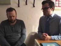 Reakcja ojca czwórki dzieci na usłyszenie ciszy po raz pierwszy