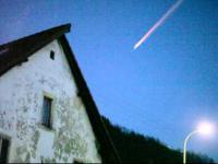 Spadajaca Kometa