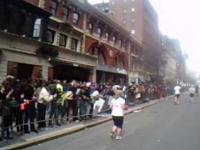 Wybuch w Bostonie z oczu biegacza