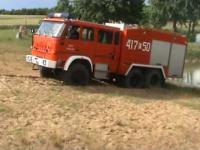 Zakopany wóz strażacki Star 266