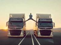 W którą stone tak naprawde jechały Tiry w reklamie Volvo