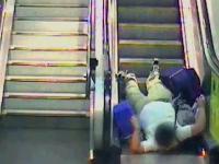 Ruchome schody vs Winda