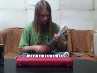 Aduś&Aduś - Forever Alone (ukulele + melodica + glockenspiel + tambourine +...)