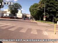 Kolejny rowerzysta klepacz samochodów