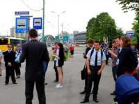 Przemowa na przystanku autobusowym