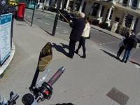 Motocyklista pomógł starszemu panu który upadł