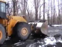 Dziurawa droga w Rosji