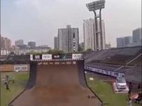 Niezwykły trik na BMX