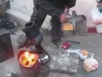 Niesamowity sposób wytwarzania popcornu w Chinach