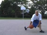 Nauka zwodów używanych w streetballu