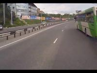 Kretyn kierowca autobusu