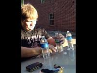 3 butelki wody w 5 sekund