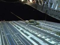 C-17 zrzuca Humvee