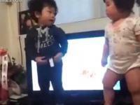 Dzieciaki w Korei bawią się tak