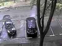 Mistrzowie parkowania na wesoło. Śmieszne wpadki 2014.
