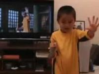 4 letnie wcielenie Brucea Lee