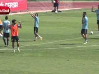 Pedro Rodriguez - Świetny gol z przewrotki podczas treningu reprezentacji Hiszpanii